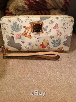Disney Dooney And Bourke Winnie The Pooh Wallet NWOT