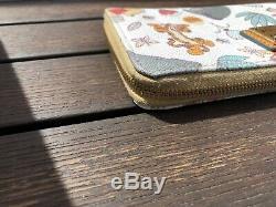 Disney Dooney & Bourke Winnie The Pooh Wallet Wrislet Tigger Eeyore & PALS