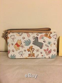 Disney Dooney & Bourke Winnie The Pooh Wallet Wristlet Tigger Eeyore & PALS