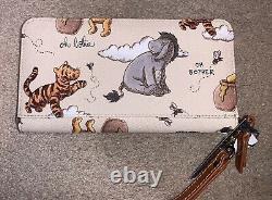 Disney Parks 2020 Winnie The Pooh Wristlet Wallet Dooney & Bourke New In Hand