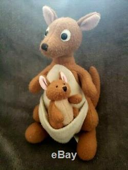 Disney Store Classic Pooh Stuffed Plush Lot of 6 Complete Set VTG Nursery Decor