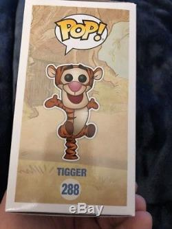 Disney Winnie the Pooh Tigger #288 Flocked SDCC 2017 Funko Pop