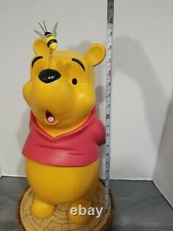Disney's Winnie the Pooh with Bee on Nose Big Fig with Stump Stand RARE HTF
