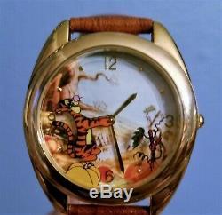 FOSSIL Disney Watch Collectors Club VI HUNNY POT ORANGE TIGGER TIME honey NOS LE