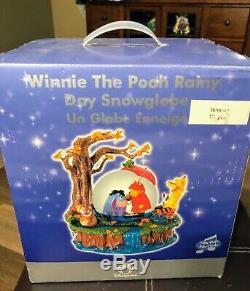 MIB DISNEY'S WINNIE THE POOH Rainy Day SNOW GLOBE IN BOX
