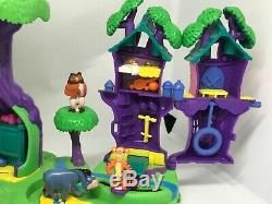 POLLY POCKET Winnie The Pooh 100 Acre Wood Play Set All 10 Figures Complete