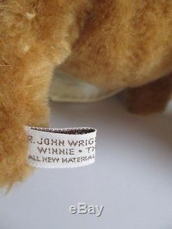 R. John Wright Winnie The Pooh Doll With Hunny Pot Disney Ltd. Ed