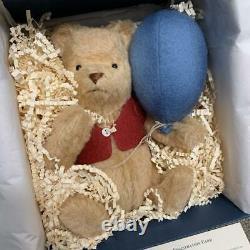 R John Wright dolls Pooh teddy bear 2003 Japan limited 500 pooh s blue balloon