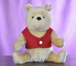 Steiff 664588 Winnie The Pooh Limited Edition
