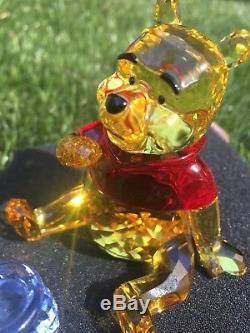 Swarovski Figurine Disney Winnie the Pooh Color 1142889 made in Austria
