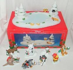 Vtg Disney's Christmas Winnie The Pooh 100 Acre Pond Piglet Tigger Eeyore Kanga