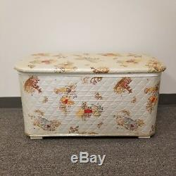 Vtg Winnie the Pooh Toy Box Chest Seat Quilted Design Hinged Top Nursery Redmon