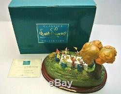 WDCC Hip! Hip! Pooh-Ray! Winnie The Pooh & The Blustery Day Walt Disney with COA