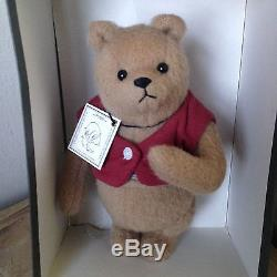 WOW! VINTAGE STYLE WINNIE THE POOH JOINTED BEAR R. JOHN WRIGHT WithTAG & BOX NR