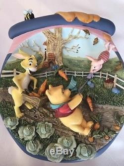 Winnie the Pooh set of 4 Bradford Exchange Pooh's Honeypot Adventure plates