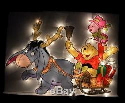 08 La Famille Winnie Winnie Winnie Noël Shopping Shopping Illumine Le Décor De Sa Fenêtre Extérieure