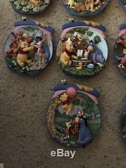 Bradford Exchange Winnie L'ourson Set The Honeypot Adventures 14 Plate. 2001