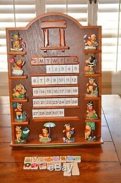 Danbury Mint Winnie L'ourson Quantième Perpétuel Complet Figures