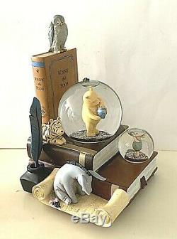 Disney 80 Ans De Classique Winnie L'ourson Livre Fin Boîte Snow Globe Musique Mint