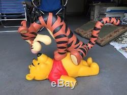 Disney Collectionner Winnie L'ourson Et Tigger Grande Figurine Extrêmement Rare