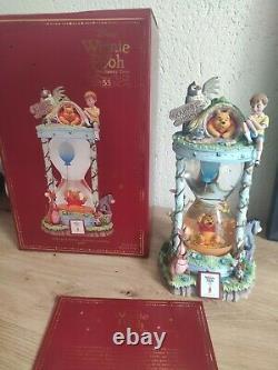 Disney Store Snowglobe Winnie L'ourson Limited Édition