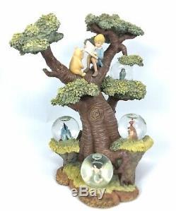 Disney Winnie L'ourson Avec Plusieurs Arbres Mini Neige Globes 75e Anniversaire. Lis