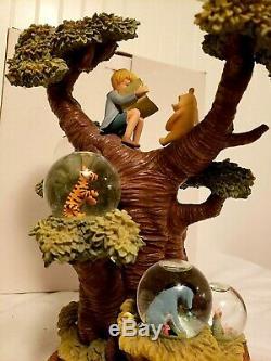 Disney Winnie L'ourson Avec Plusieurs Arbres Mini Neige Globes 75e Anniversaire Mib