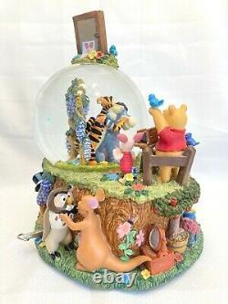 Disney Winnie L'ourson Musical Snow Globe Wonderland Music Company 9