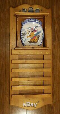 Disney Winnie L'ourson Perpétuel Calendrier Mural En Bois. Bradford Exchange
