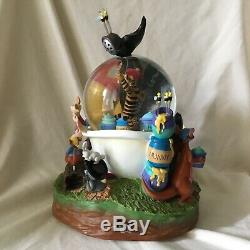 Disney Winnie L'ourson Pirates Musicale Mouvement Souffleur Figurines Snowglobe-mib