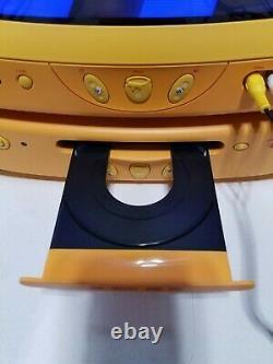 Disney Winnie The Pooh Tv Crt 13 & DVD Player Yellow Combo Set (2005), Œuvres