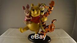Extrêmement Rare! Disney Winnie L'ourson Avec Tigrou Et Porcinet Dansing Statue