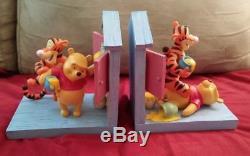Extrêmement Rare! Disney Winnie L'ourson Jouant Avec La Statuaire Serre-livres Tigger