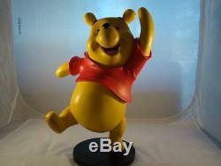 Extrêmement Rare! Walt Disney Winnie L'ourson Danse Figurine Statue