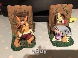 Extrêmement Rare! Walt Disney Winnie L'ourson Nettoyant Les Feuilles Statues De Serre-livres