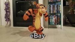 Extrêmement Rare! Walt Disney Winnie L'ourson Tigrou Dansant Grande Statue Figurine