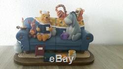 Extrêmement Rare! Winnie L'ourson Walt Disney Lecture Sur Set Couch Set De Statues
