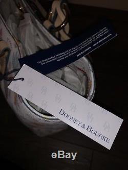 Fourre-tout Winnie L'ourson Disney Dooney & Bourke Nwt Sold Out Bourse Des Parcs Disneyland