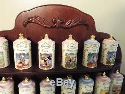 Lenox Disney Spice Set 24 Jars Bois Spice Rack Blanche-neige Bambi Winnie L'ourson