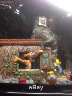 Parcs Disney. Winnie L'ourson Mini Service À Thé. Nouveau Dans La Boîte