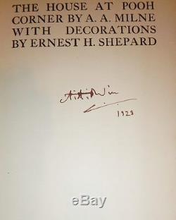 Quatre, Winnie L'ourson Livres, Signée Par A. A. Milne, Avec Des Vestes D'origine Poussière