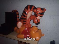 Rare! Ancien Tigger Géant De Walt Disney Sur Le Dessus De La Statue De Winnie The Pooh