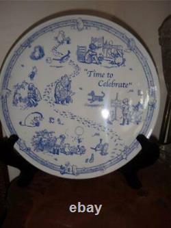 Spode Classique Disney Showcase Cake Plate Winnie Le Pooh Le Temps De Célébrer Nouveau