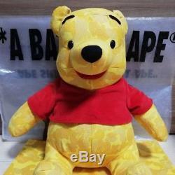 Une Poupée En Peluche Winnie L'ourson Bape Disney Bape Rare