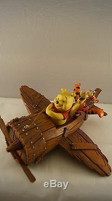 Walt Disney Winnie L'ourson, Tigrou Et Porcinet Volant En Avion Statue