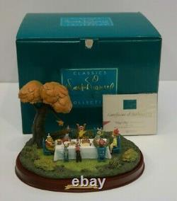 Wdcc Winnie L'ourson Et Le Blustery Day Hip Hip Pooh Ray Enchanted Places