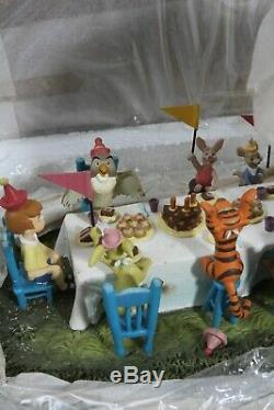 Wdcc Winnie L'ourson Et Le Hip Jour Blustery! Hanche! Pooh-ray Mint Coa