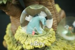Winnie L'ourson Arbre Du 75ème Anniversaire Snowglobe Snow Globe Tigrou Porcinet Bourriquet