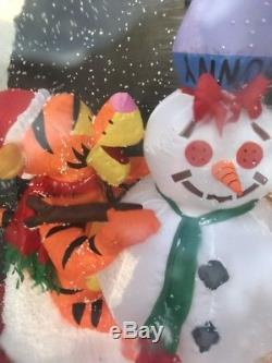 Winnie L'ourson Et Tigger Snow Globe Noël Airblown Gonflable Exploser