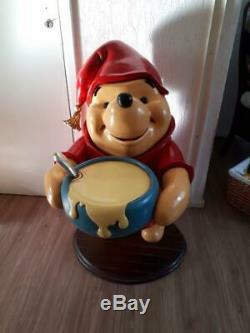 Winnie Le Pot De Miel Grandeur Nature Statue Garçon De Maître D'hôtel Pooh Walt Disney Figure Grand